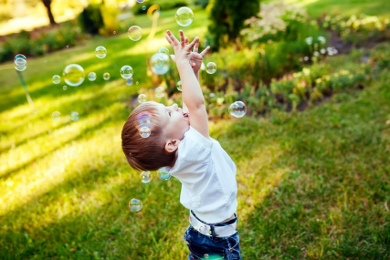 Educational games with soap bubbles